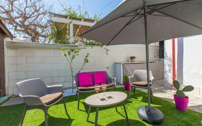 Casa Rosa: garden