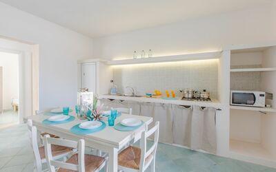 Casa Rosa: kitchen