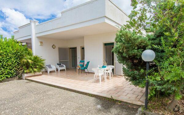 Villa Nettuno, Villa for rent in Pantanagianni-pezze Morelli, Apulia