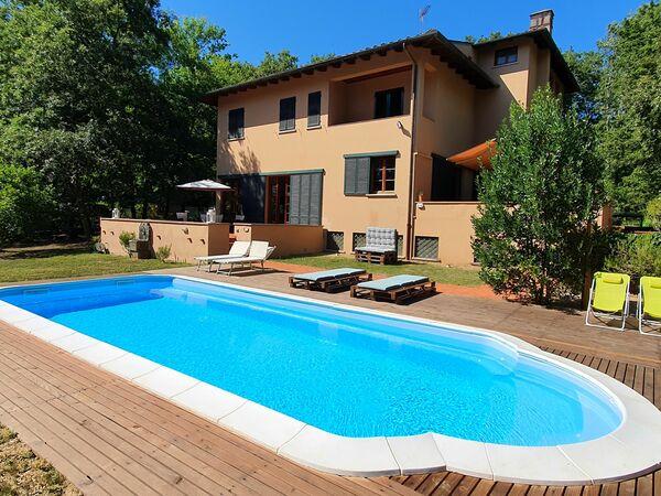 Toskánsko, Lucca, Villa Franca