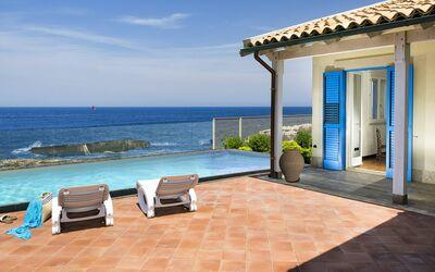 Villa Blu: con piscina