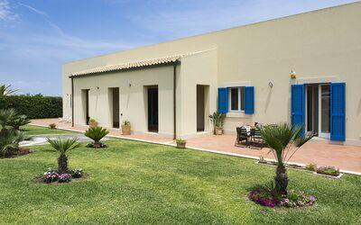 Villa Blu: villa con piscina