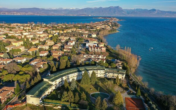 Gardagate - Residenza Lugana, Residence for rent in Sirmione, Lombardy