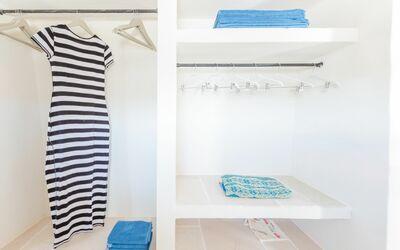 Solo Voi: wardrobe