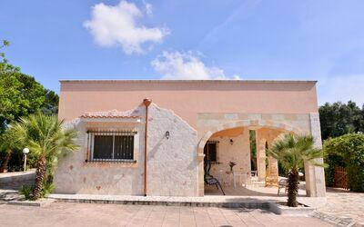 Villa Lidia Con Piscina: Villa