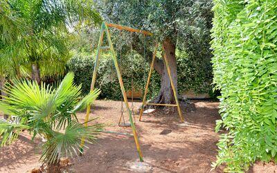 Villa Lidia Con Piscina: Giochi per bambini