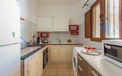 Villa Lidia Con Piscina: Cucina attrezzata