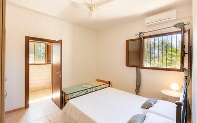 Villa Lidia Con Piscina: Camera matrimoniale 2 con bagno in camera