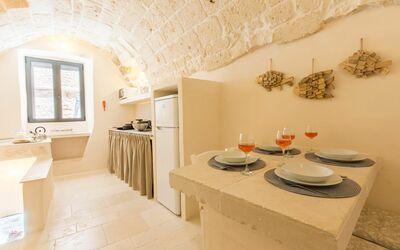 Zia Saby: kitchen