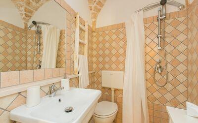 Casetta Volpe: bathroom