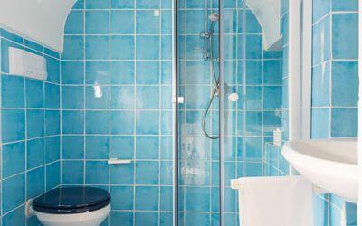 Casa Volpe: bathroom