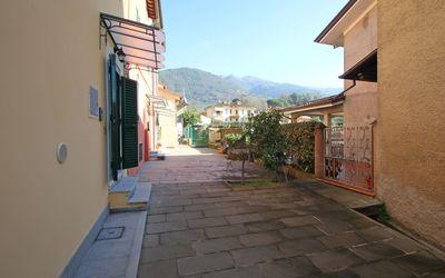 Casa Del Borgo: House Camaiore