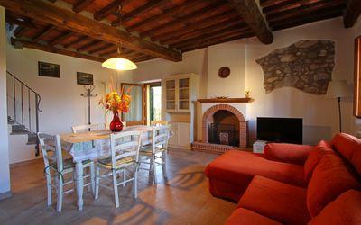 Casa Del Borgo: vacation in Camaiore