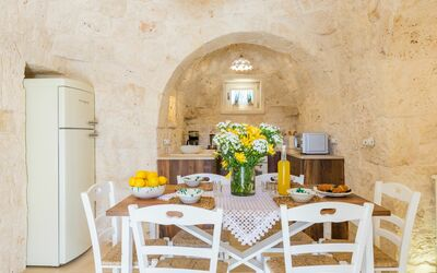 Trullo Dei Sogni: dining room
