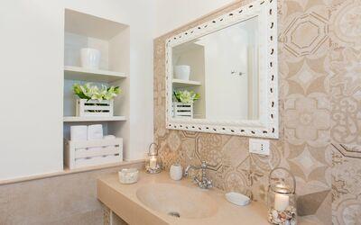 Trullo Dei Sogni: bathroom