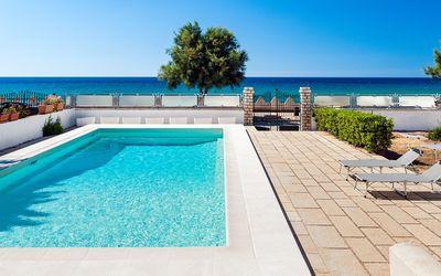 Villa Profumo: private pool