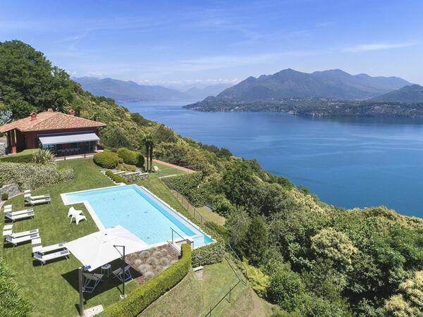 Il Falcone, Villa for rent in Stresa, Piedmont