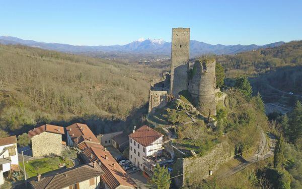 B&b Castello Di Tresana, Bed & Breakfast for rent in Tresana, Tuscany