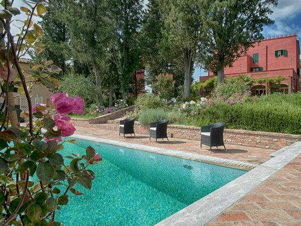 Tenuta Cambiano, Villa for rent in Colombaie, Tuscany