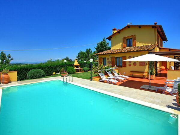 Villa Poggio Al Pipi, Villa for rent in Leoni, Tuscany