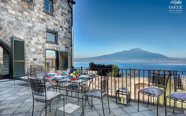 Villa Stony Villa Volcano View in  Sant'agata Sui Due Golfi -Kampanien