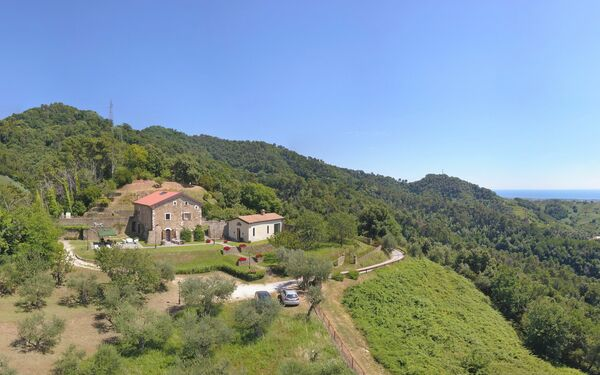 Perle, Villa for rent in Carrara, Tuscany