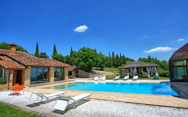 Villa Pinetina, Villa for rent in Fonte Del Mazza, Tuscany
