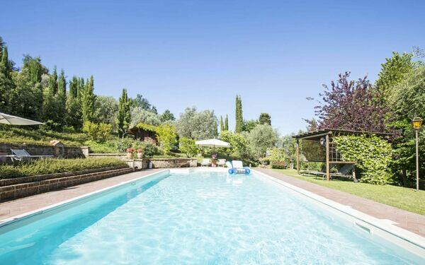 Casina Valloreci, Country Resort for rent in Petroio, Tuscany