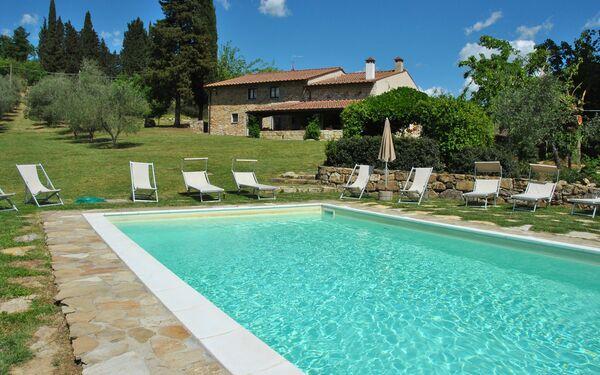 Faltignano, Villa for rent in Santa Brigida, Tuscany