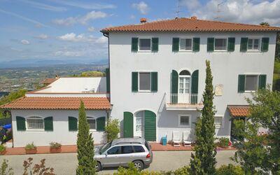 Leichte Brise Apartments: Versilia holiday apartments for rent