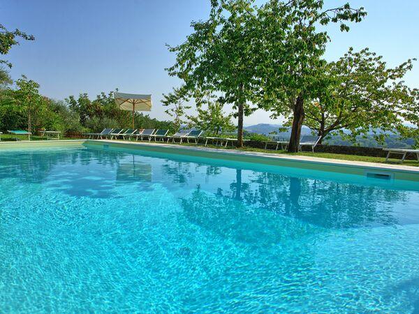 Villa Sarteano, Villa for rent in Sarteano, Tuscany