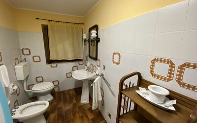 Villa Arianna - Tuscany Views: Bathroom 3
