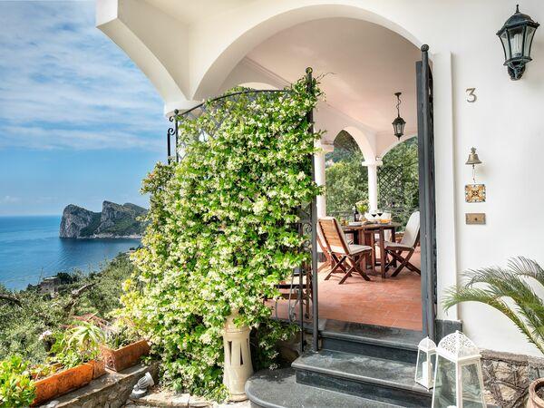 Campania, Massa Lubrense, Medusa And The Seahorse Villa