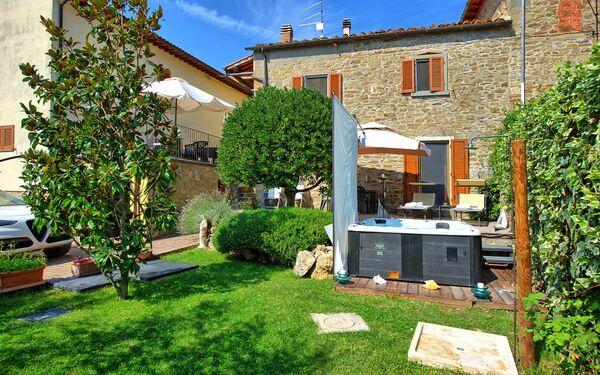 Nicol, Apartment for rent in Il Borgo, Tuscany