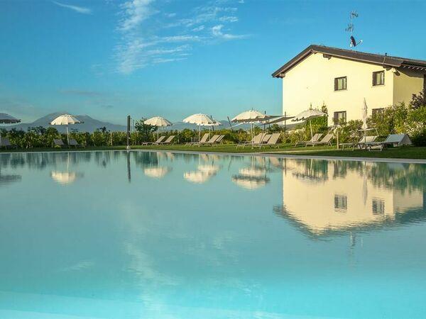 Cascina Lugana, Country House for rent in San Martino Della Battaglia, Lombardy