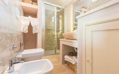 Masseria Ortensia: bathroom