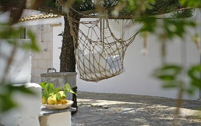 Masseria Pagliamonte: equipped veranda on the back