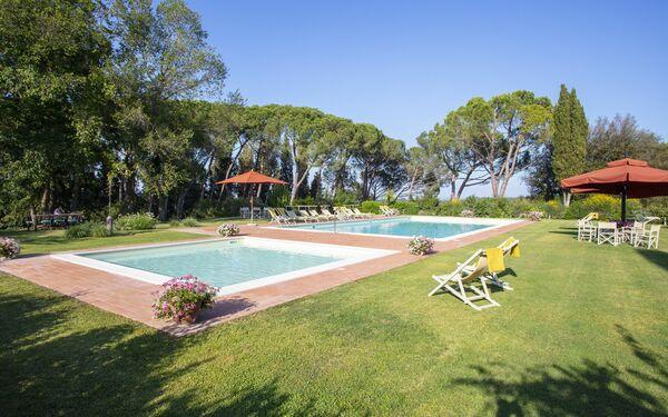 Villa Del Poggio, Villa for rent in Palaia, Tuscany