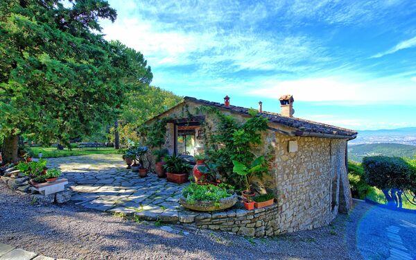 Villa Ancora, Villa for rent in Cercina, Tuscany