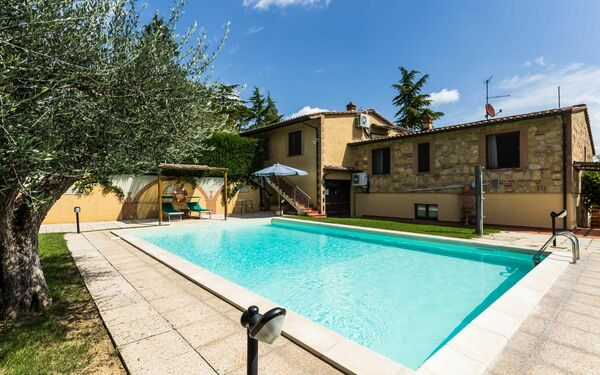Villa La Casa Del Sole, Country Resort for rent in Casamaggiore, Umbria