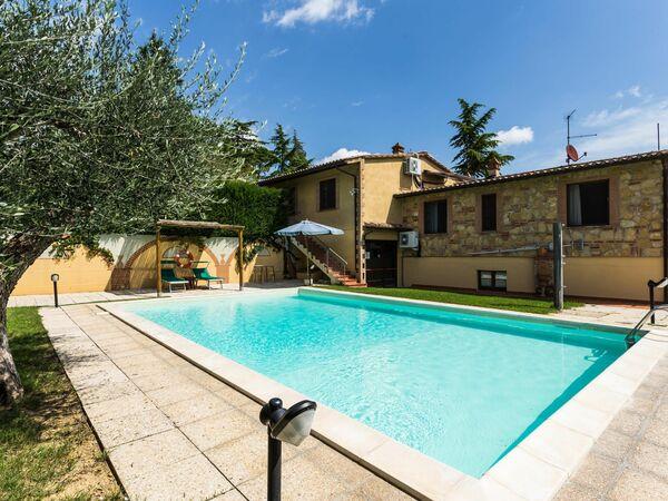 Villa La Casa Del Sole, Country Resort for rent in Casamaggiore, Umbria