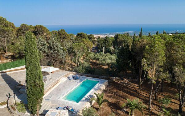 Casa Grande, Villa for rent in Avola, Sicily