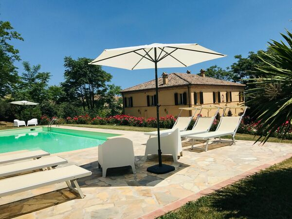 Dimora Smeraldo, Villa for rent in Fratte Rosa, The Marches