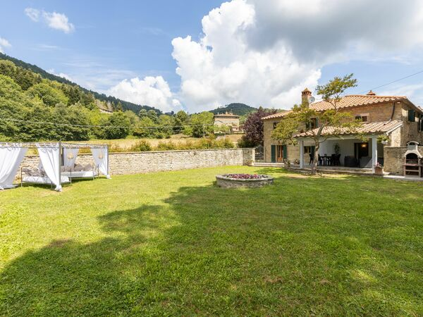 Villa Il Biancospino, Country House for rent in Adatti, Tuscany