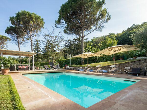 Villa Fico e Faeto 9 in  San Donato In Collina -Toskana