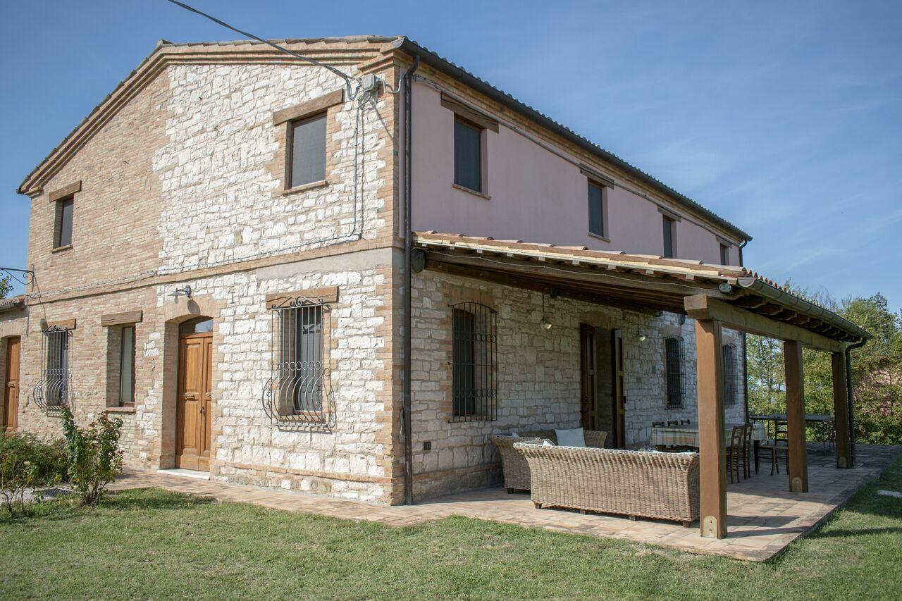 Casa Del Villaggio Contrada