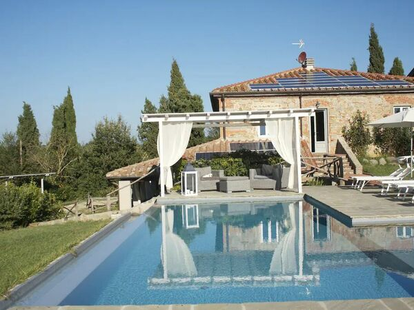 Villa Da Mille & Una Notte, Villa for rent in Traiana, Tuscany