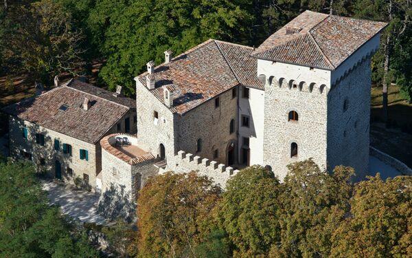Antico Castello Delle Leggende