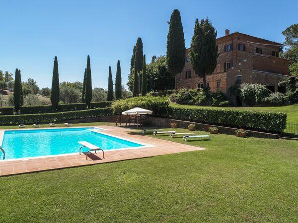 Antica Residenza Nella Chiana, Villa for rent in Lucignano, Tuscany