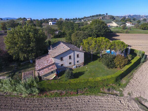Villa Sagrantino, Villa for rent in Fabbri, Umbria